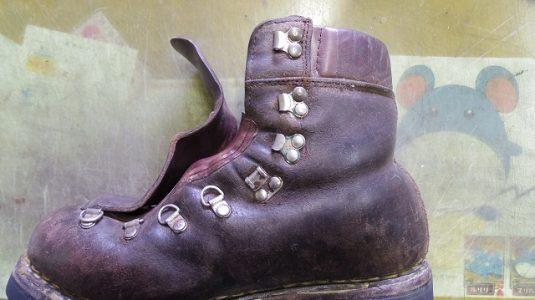 登山靴 履き口パッド 補修例 3-2