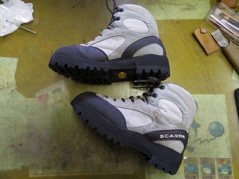 SCARPA 登山靴修理例です 3