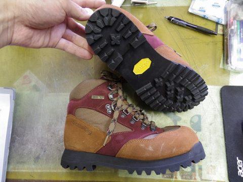 登山靴 オールソール 3