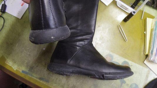 CAMPER ブーツ オールソール例 2-2