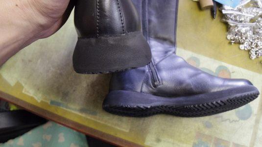 CAMPER ブーツ オールソール例 3-2