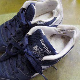 リーボック スニーカー 履き口補修例