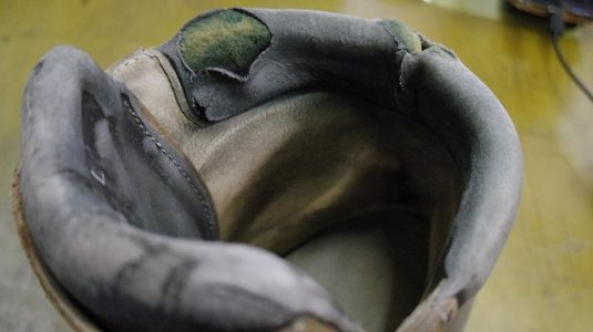 登山靴 履き口補修例 2-3