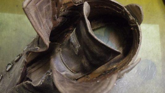 登山靴 分解修理例 3-1