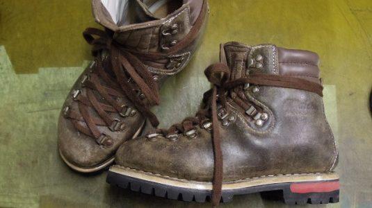 登山靴 分解修理例 4-1