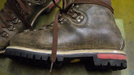 登山靴 分解修理例 4-3