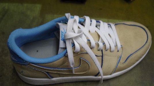 スニーカー 履き口縫い直し例 2-1