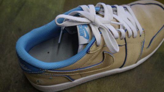 スニーカー 履き口縫い直し例 3-1