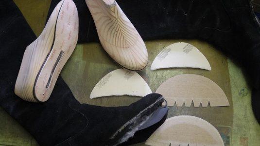 婦人ブーツ ライニング全交換例 3-4