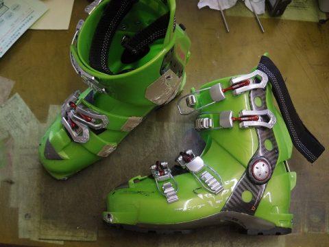 スキーブーツ ポリウレタン部交換例 2-1
