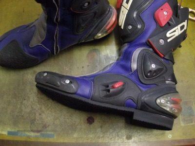 SIDI バイクブーツ オールソール例 3-1
