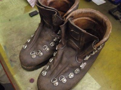 重登山靴 甲ベロ交換例 2-1