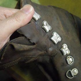 重登山靴 甲ベロ交換例