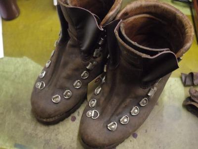 重登山靴 甲ベロ交換例 3-1